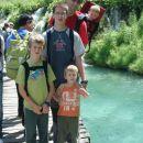Na poti med slapovi, vodo in... turisti