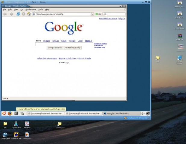 Ubuntu Linux v VMWare playerju.. dela super..