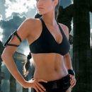 Angelina Jolie kot Lara Croft.