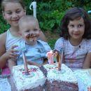 ...HECAM SE MAMI...........no pa saj ni tako zanič torta...........