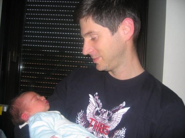 09.04.2008. Sa tatom