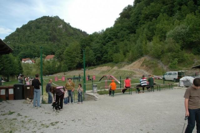 16.5.2008 VELIKI DRUŽINSKI PIKNIK DPMZ v Kinološkem društvu v Zagorju ob Savi
