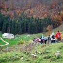 In že smo bili na prvi planini - Ravnik