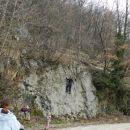 Med tem, ko je Ivan preizkusil lepo skalo ...
