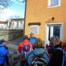 Kratka razlaga o TIGR-ovcih pred komunsko hišo