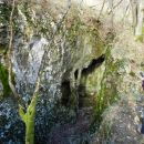 Miškotova jama z naravnim mostom