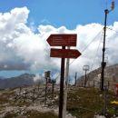 Nič kaj vzpodbudni oblaki nad Debelo pečjo in Draškima vrhovoma