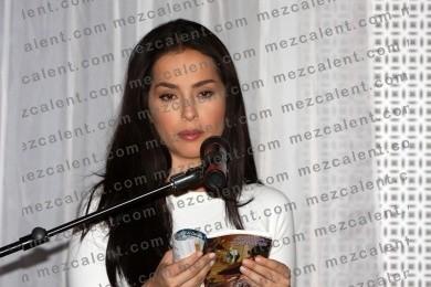 Un gancho al corazon -Valentina López 'La Mon - foto
