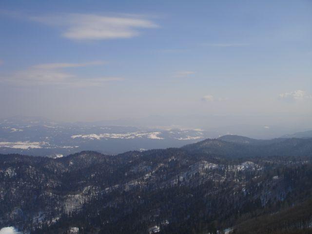 Pogled proti Logatcu