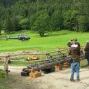 bučni vzlet francoskega  helikopterja ...