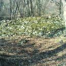 galerija,kjer so lomili kamenje za izdelavo brusov