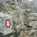 proti vrhu Pečin
