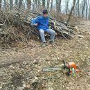 mimo utrujenih drvarjev