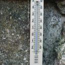 temperatura še kar,al pihalo je sto na uro