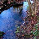 kak je to lepo pogledat,potok zgleda ko špegu