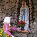pri cerkvi sv.Petra in Pavla