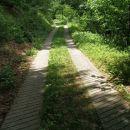 po znameniti cesti v dolino Peklače