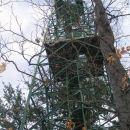 razgledni stolp na vrhu