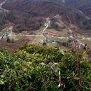 z vidikovca prekrasni pogled  na dolino