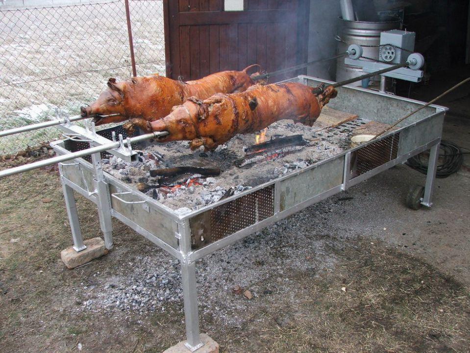 Srpski roštilj - foto povečava