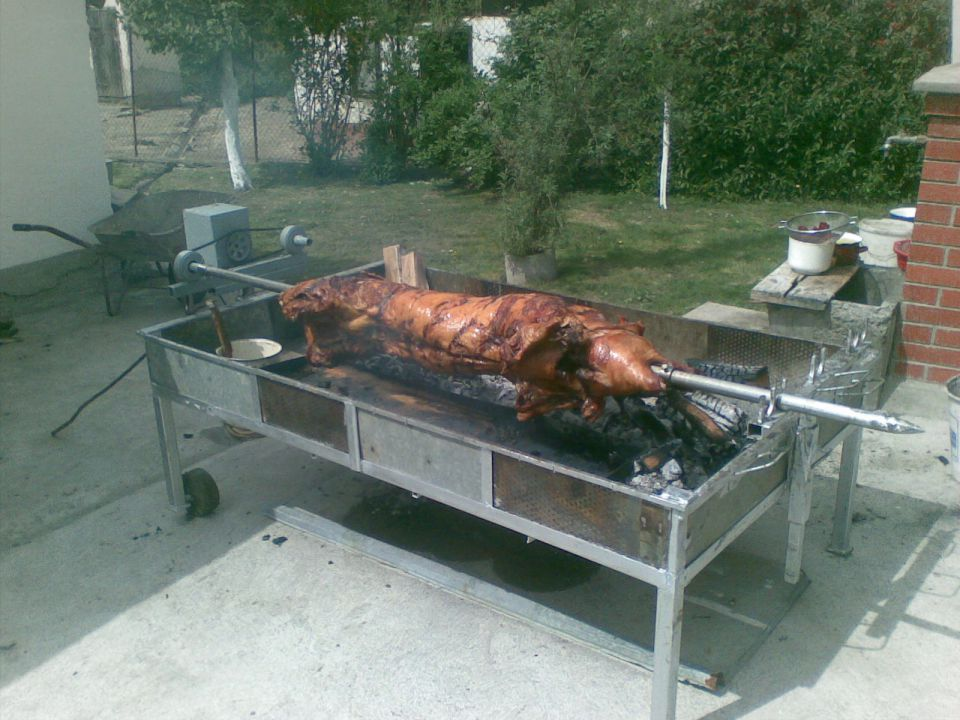 Srpski roštilj foto