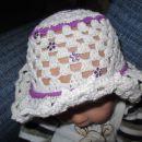 klobuček,pokrivalo unikat novo!