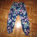 poletne hlače hm 122 - 5 eur