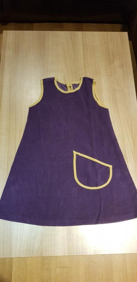 Oblekica 128-134 - 4€