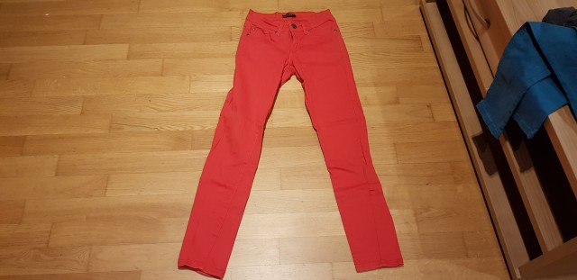 Jeans hlače Two Way XS - 4€