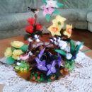 Spomladanski cvetlični aranžma