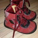 Rdeči škorenjčki vel. 20