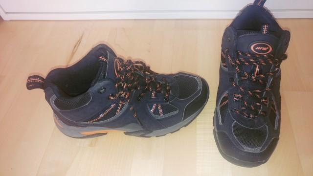 Pohodniški čevlji, 38