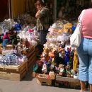Sobotna tržnica, kjer prodajajo čisto vse