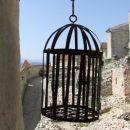 Grad Rasnov - viseča kletka za