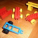 Lego kocke duplo - vsak kos 2 eur