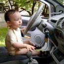 Klara za volanom
