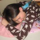 babri spi ker je ugutuvila da se dojčo lahk naučiš sam če si genij
