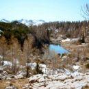 Umetno jezero zadaj za kočo