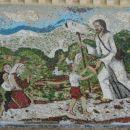 mozaik pred vhodom v cerkev