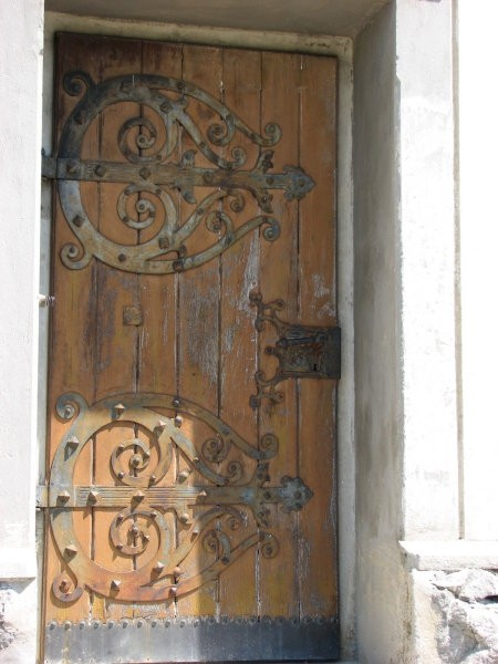 Vrata cerkve