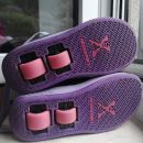 Čevlji s koleščki Heelys st. 32, 15 eur