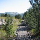 tud železnica je na razpolago-vendar za vojaške namene
