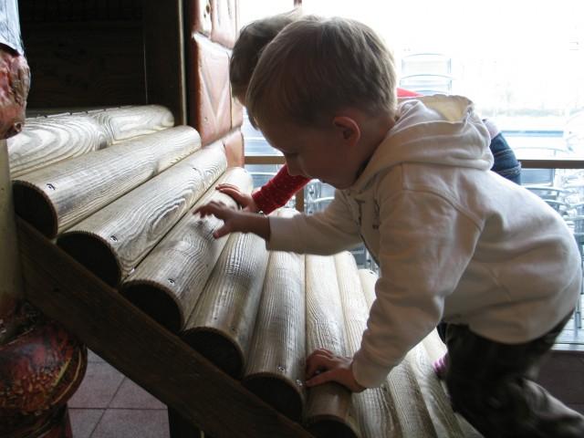 2,5letniki, Pod vodo,31.10.08 - foto