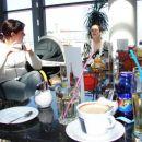 V kafiču se je kofetkalo, jedli smo pa pozneje v več obrokih (nismo slikali :))