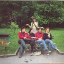 Przed koncercem w Krzeszowicach. Joanna - Edith - Zuzanna - Kama - (na gorze) Olga