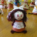 punčka iz glinenega lončka