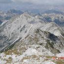 Pogled z vrha po grebenu proti Bogatinu