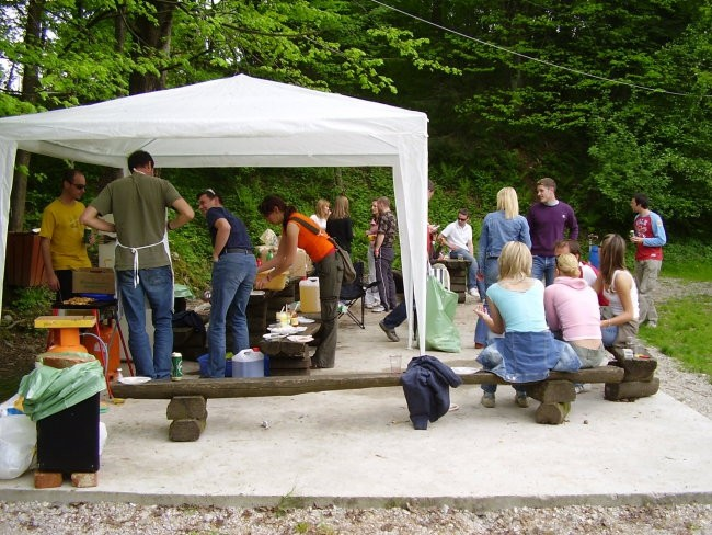 Piknik -žur (Turnše 6.5.2006) - foto povečava