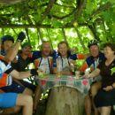 Vesela družba z domačini na Janškem vrhu
