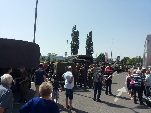 2016.5.28. - Vojaška vozila MS - foto povečava